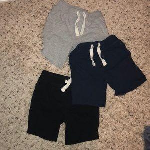 3T boys Old Navy Shorts